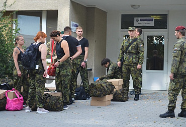 Vyškov welcomed new novices: 142 civilians will be wearing green clothes for the rest of the summer