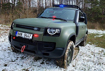 The Police is to get new LR Defender 110 cars, Dajbych company also wants to offer them to the Czech Army